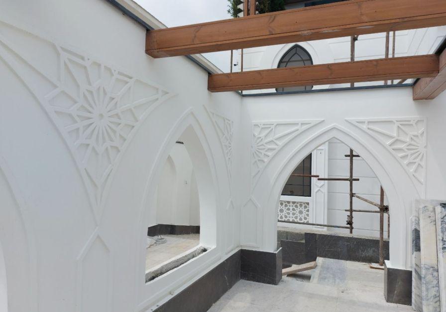 نماکاری ساختمان سیمان سفید